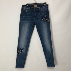 Driftwood Beau Embroidered Jeans 27